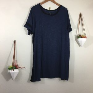 Simple Vera Verawang blue lace tee shirt